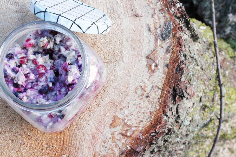 Chia oat porrige - Kaurainen purnukkapuuro - Iris | Lily.fi