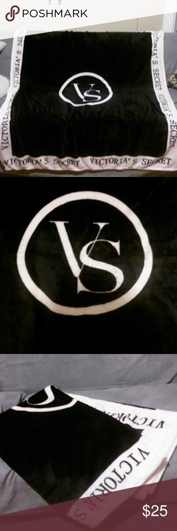 Large Vicroria Secret Blanket Black and Pink Accessories