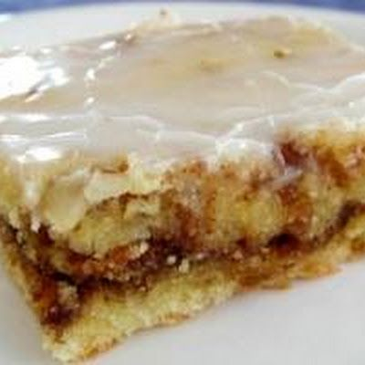 Honey Bun Cake Recipe Recipe Honey Buns Bun Cake Desserts