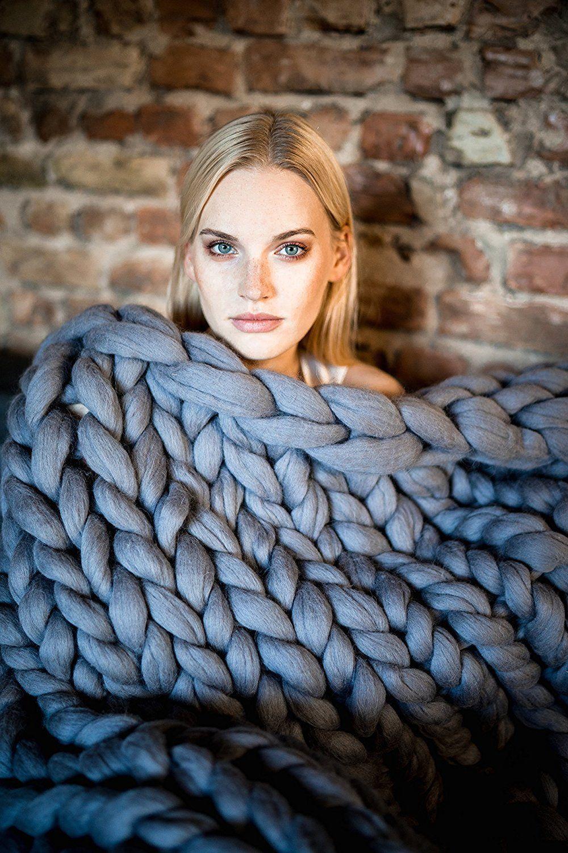 Chunky knit blanket giant yarn throw wrap
