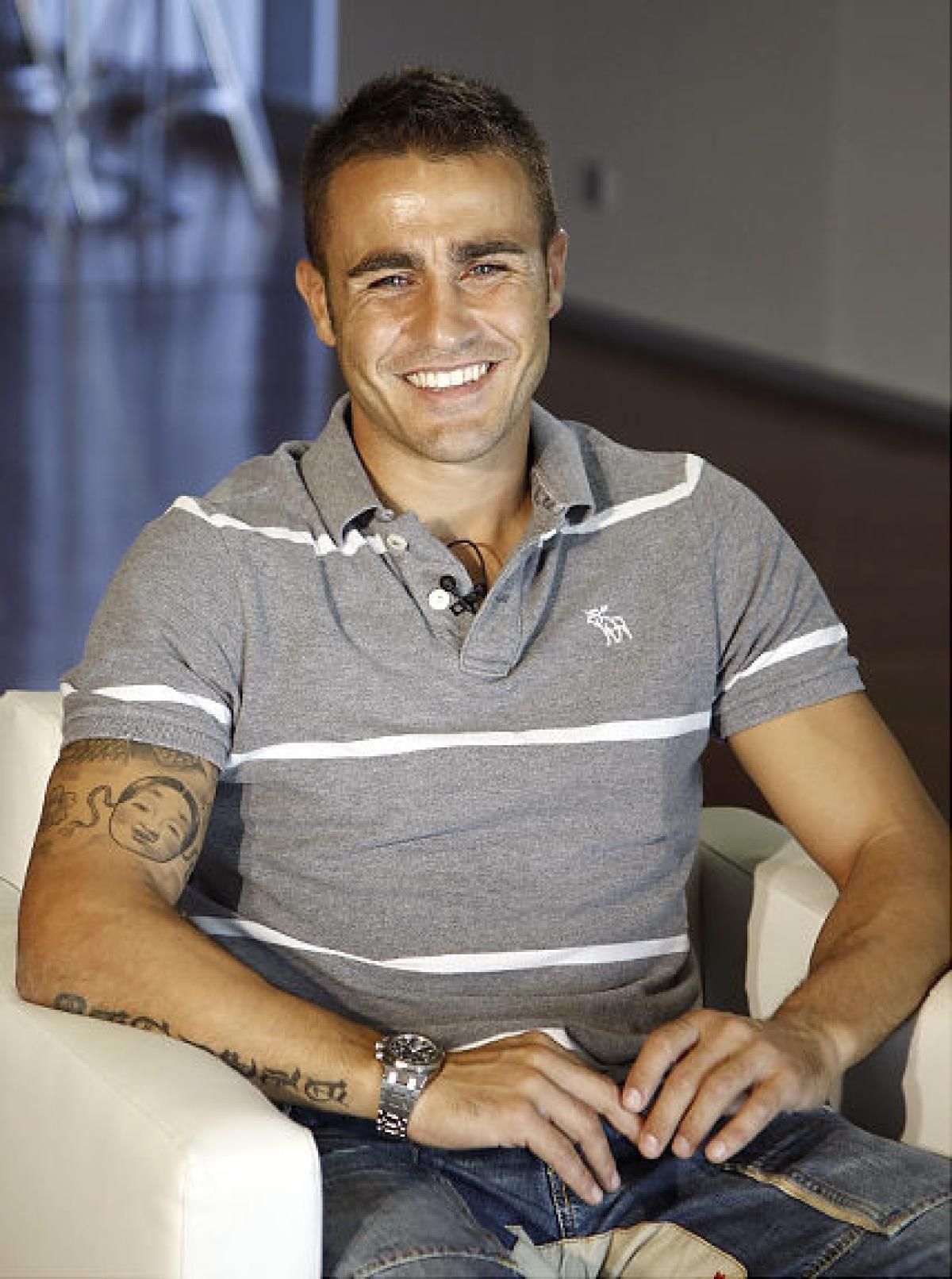 Italian Hotties Ideal italian juventus player fabio cannavarro has a smile that could