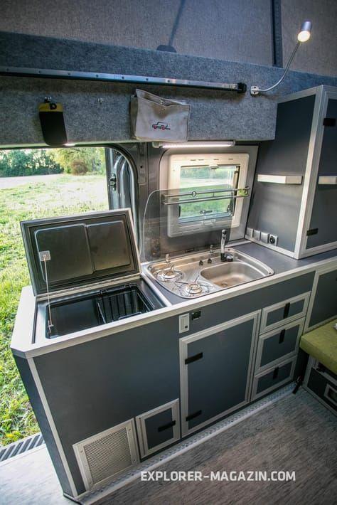 vw crafter 4motion custom campers sprinter crafter. Black Bedroom Furniture Sets. Home Design Ideas
