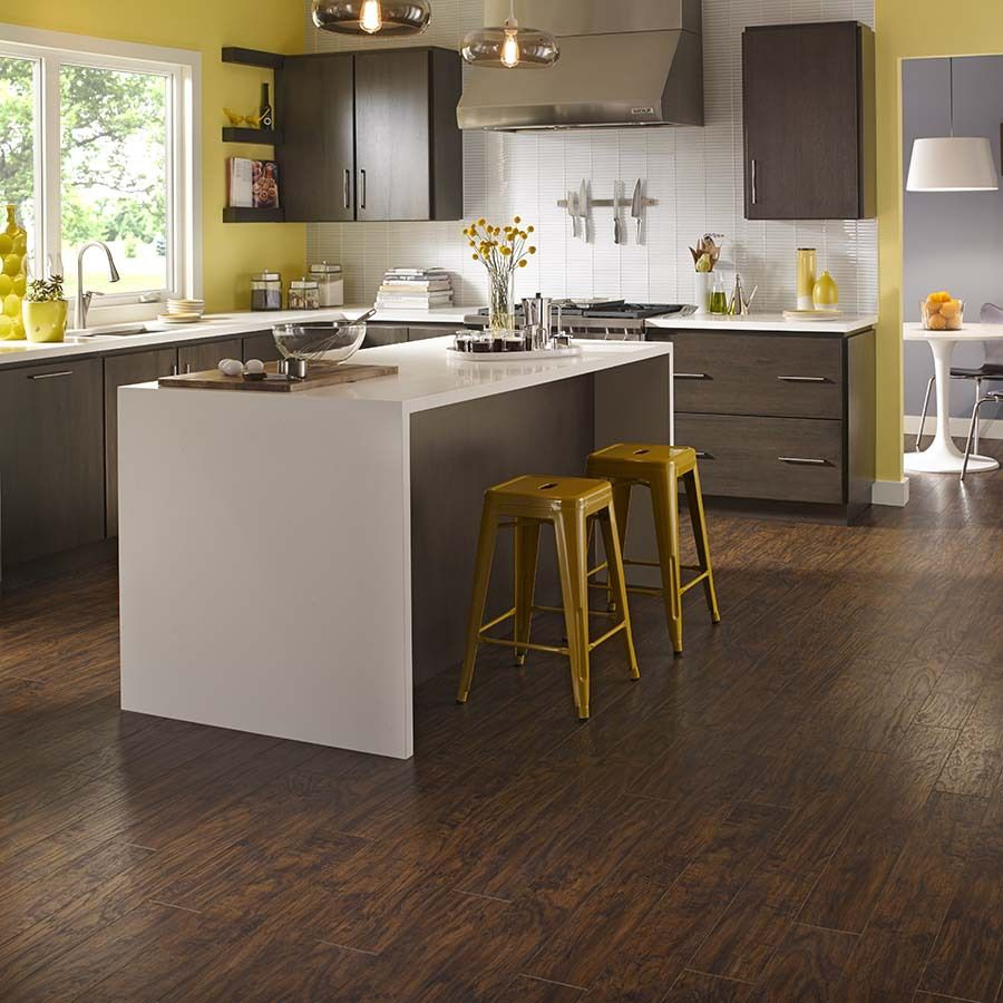 Pergo Flooring In Kitchen Shop Pergo Max 523 In W X 393 Ft L Manor Hickory Handscraped