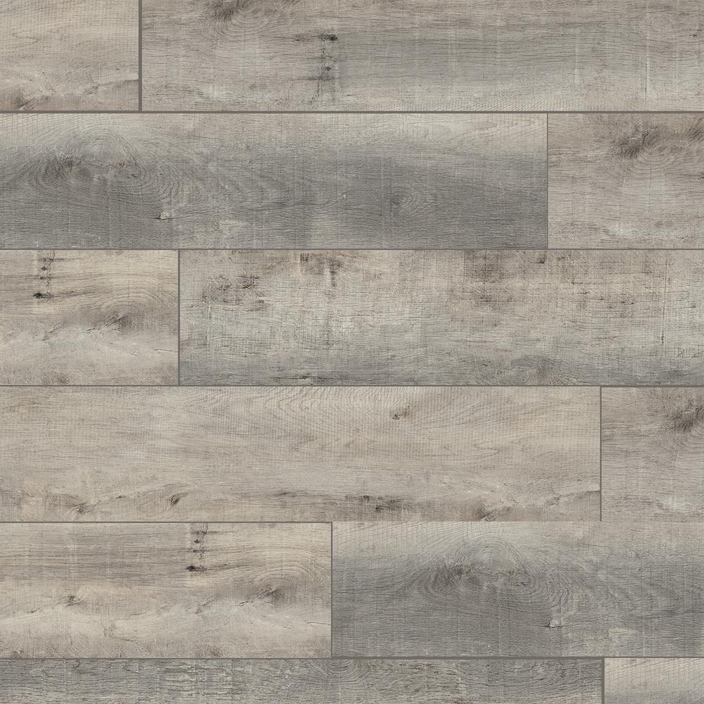 Colossia 9 X 80 X 10mm Oak Laminate Flooring In Providence Oak Laminate Flooring Laminate Flooring Oak Laminate