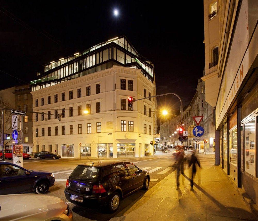 Renovation And Heightening In Margaretenstrase 9 / Josef Weichenberger Architects + Partner/