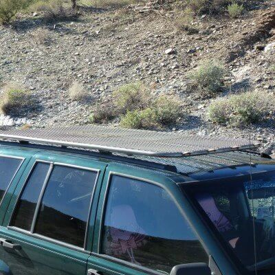 Pin By Tikkay Khan On Kevins Offroad With Images Jeep Grand Cherokee Zj Roof Rack Jeep Cherokee Xj