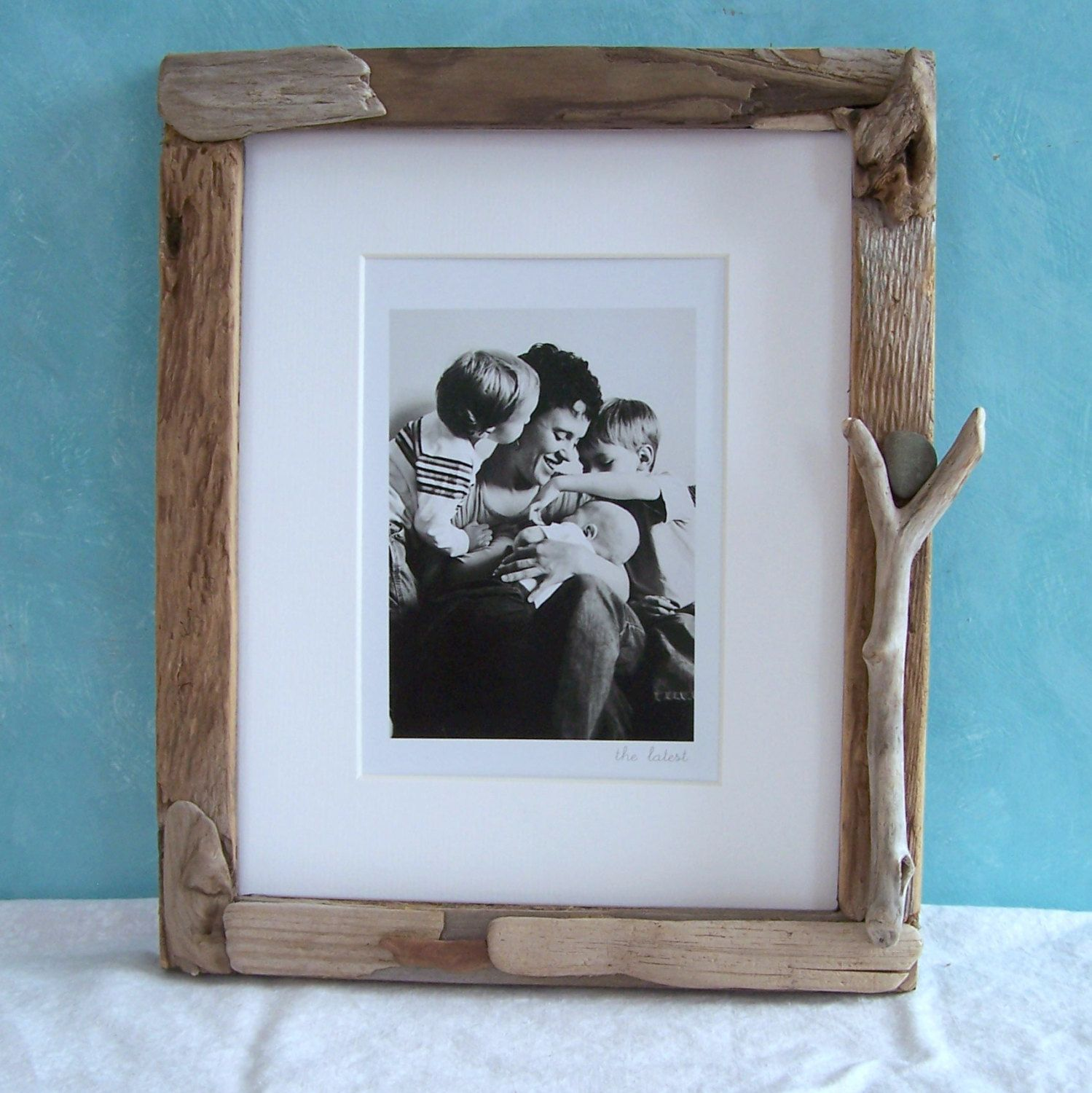 8 X 10 Driftwood Frame Driftwood Picture Frame By Blackeyedsusan 60 00 Driftwood Frame Frame Picture Frames