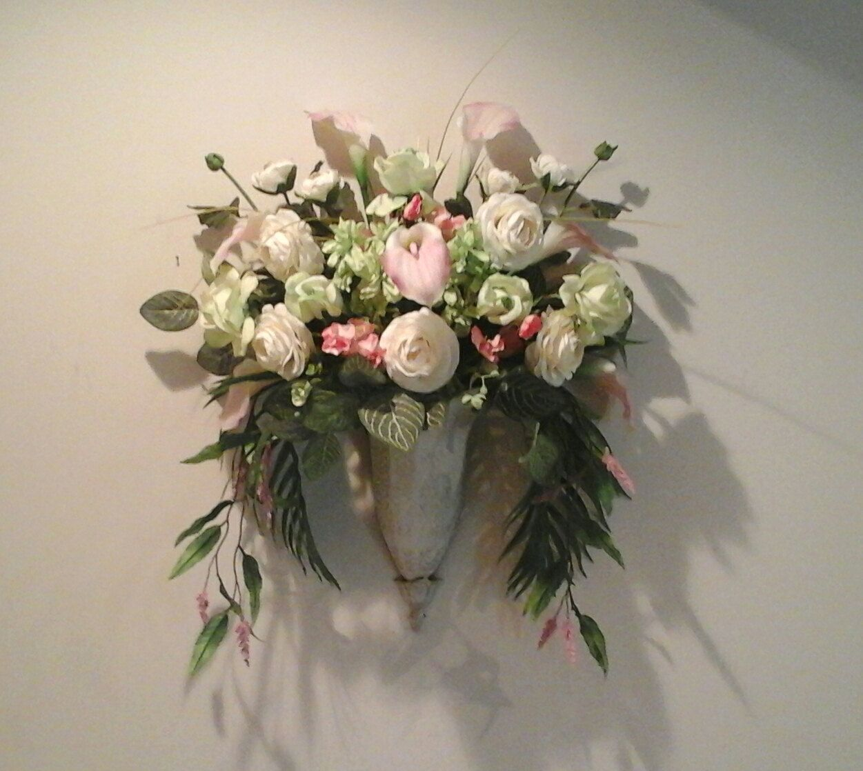 Floral wall arrangement wall planter wall sconce wall pocket floral wall arrangement wall planter wall sconce wall pocket elegant real touch mightylinksfo Image collections