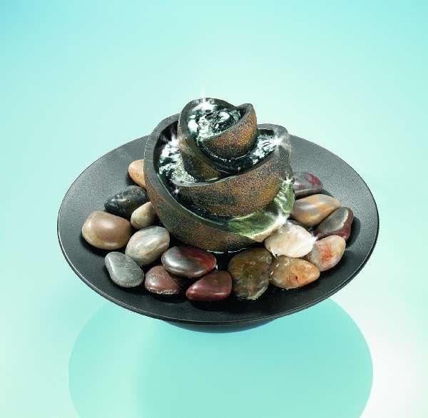 pingl par liliane str e sur fontaine fontaine. Black Bedroom Furniture Sets. Home Design Ideas