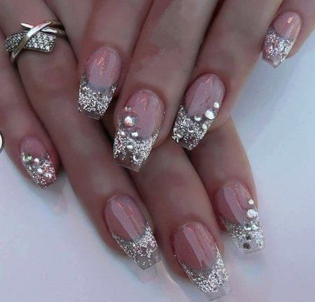 #Nailart #clearnails #crystals #glitter - bellashoot.com