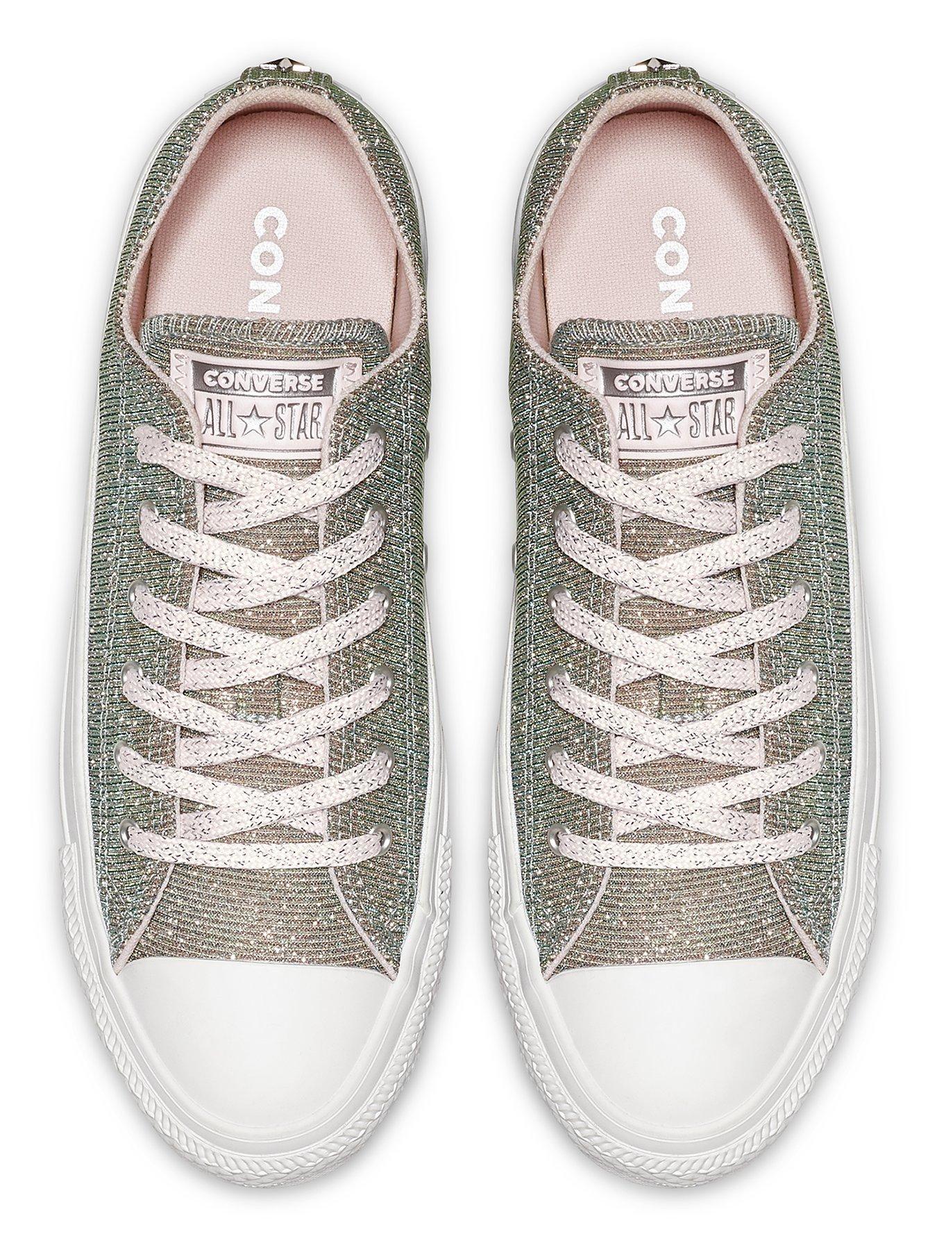 Chuck Taylor All Star Slip Starware Sneaker