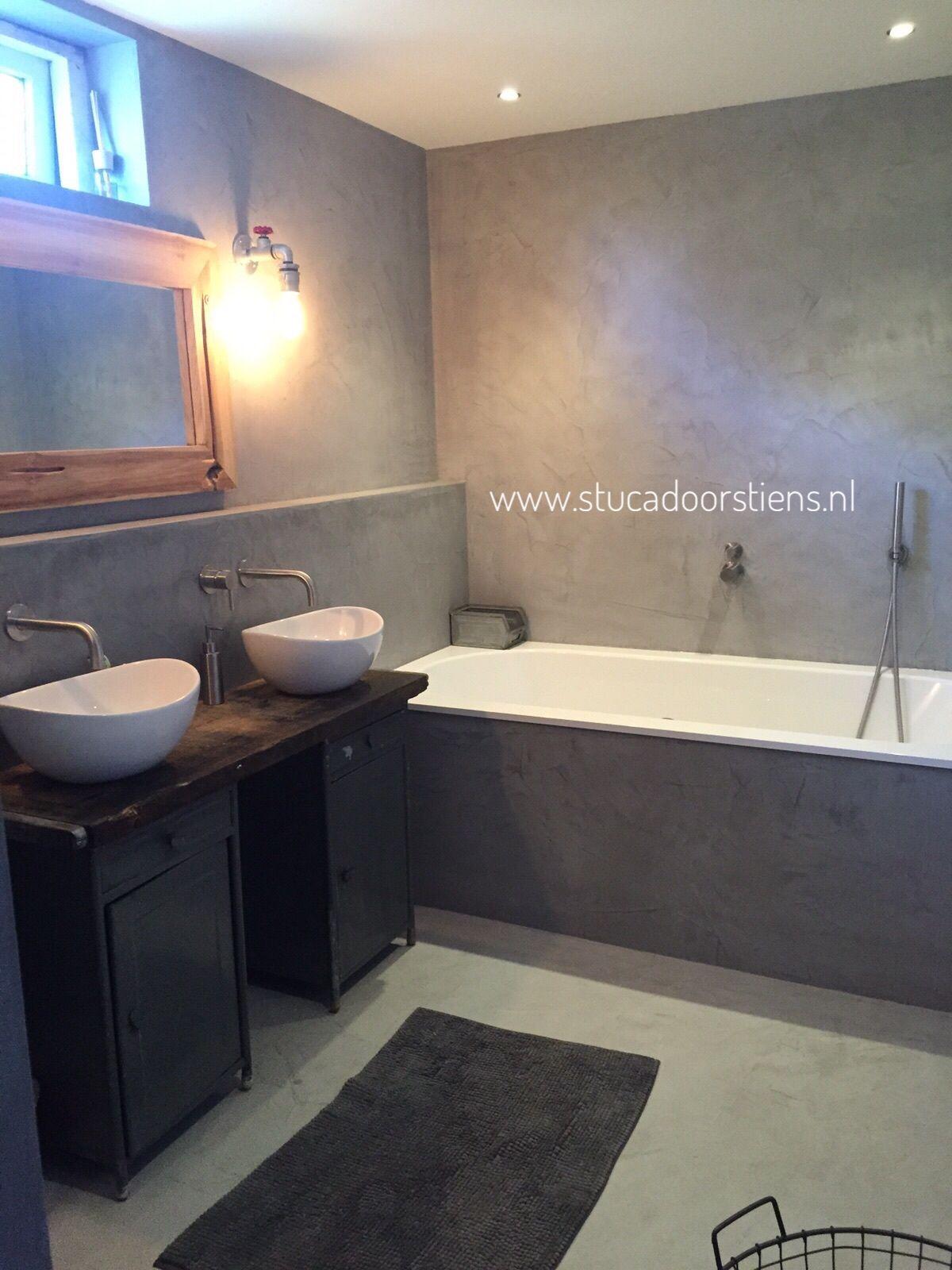 Exclusieve badkamer. #beton #betoncire Waterdicht stucwerk zonder ...
