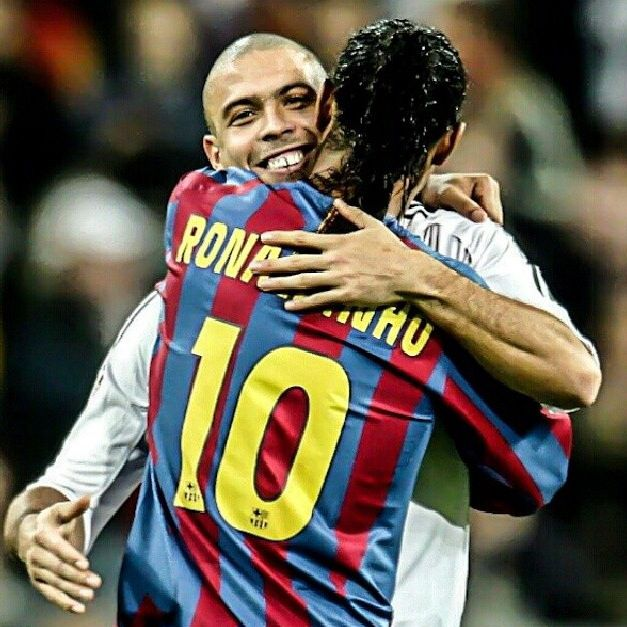 d786f5f9ae3c7 Ronaldo and Ronaldinho Real Madrid and FC Barcelona