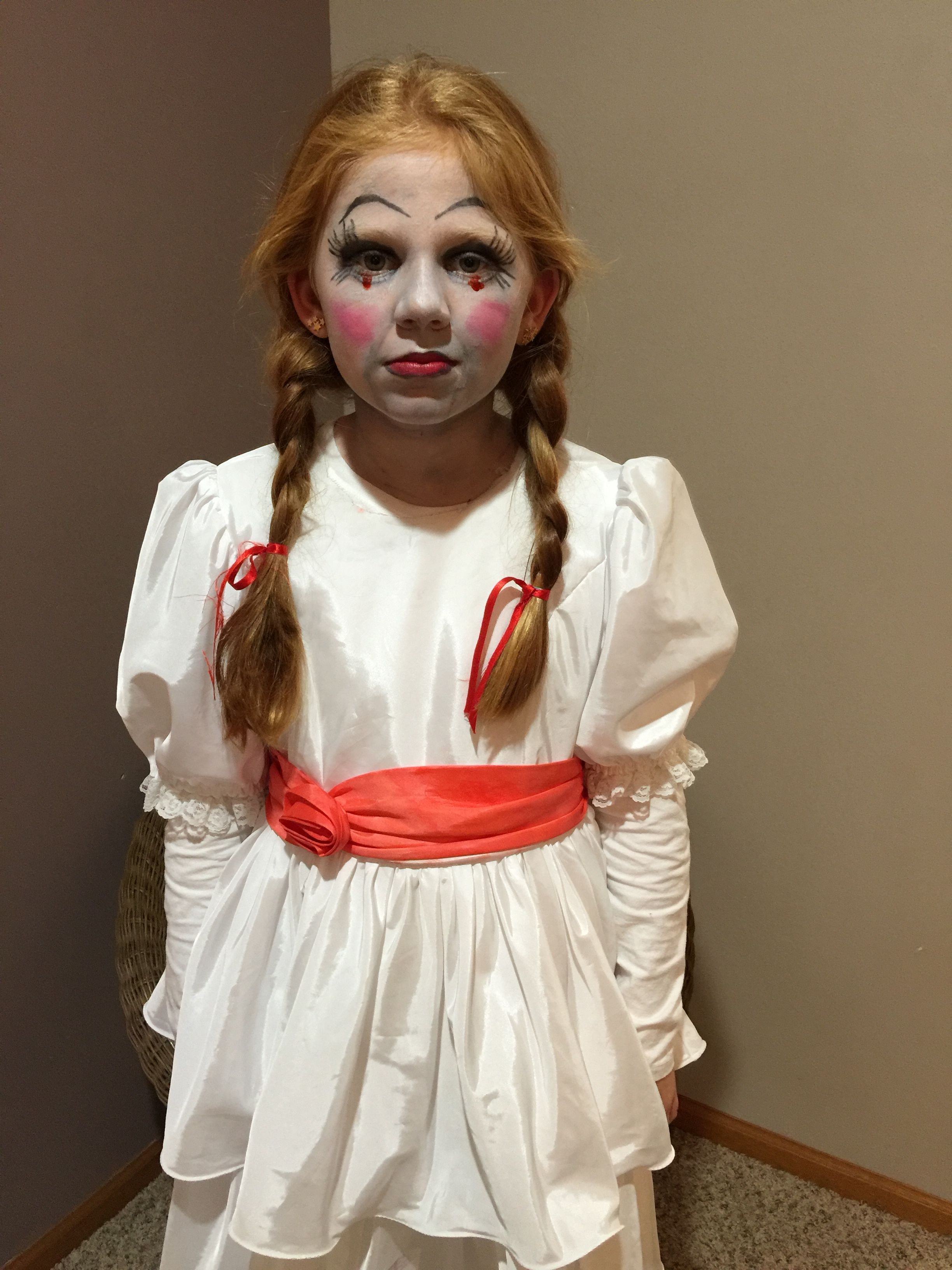 Annabelle Halloween girl costume makeup Annabelle