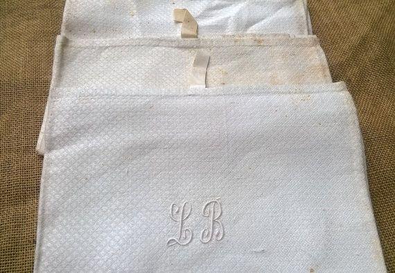 3 Unused White Victorian Silk Damask Dish by SophieLadyDeParis