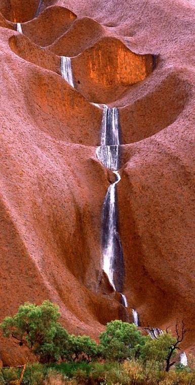 Uluru Waterfalls at Mutitjulu in Northern Territory, Australia • photo: Steve Strike on Flickr