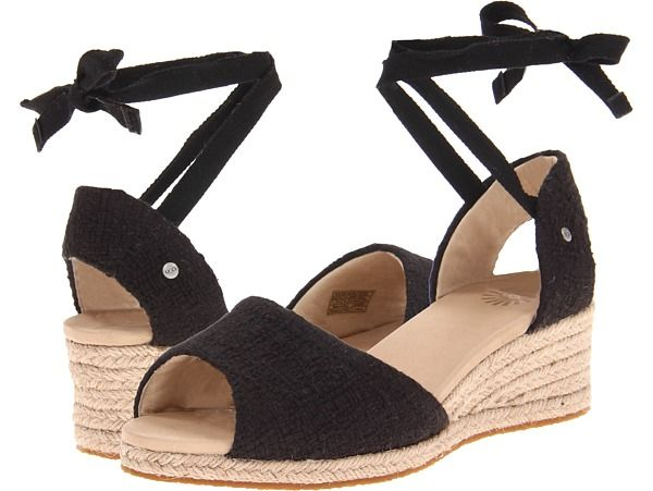 30e77f42e36 Cute Uggs sandals   Shoes I Need   Shoes, Ugg sandals, Uggs