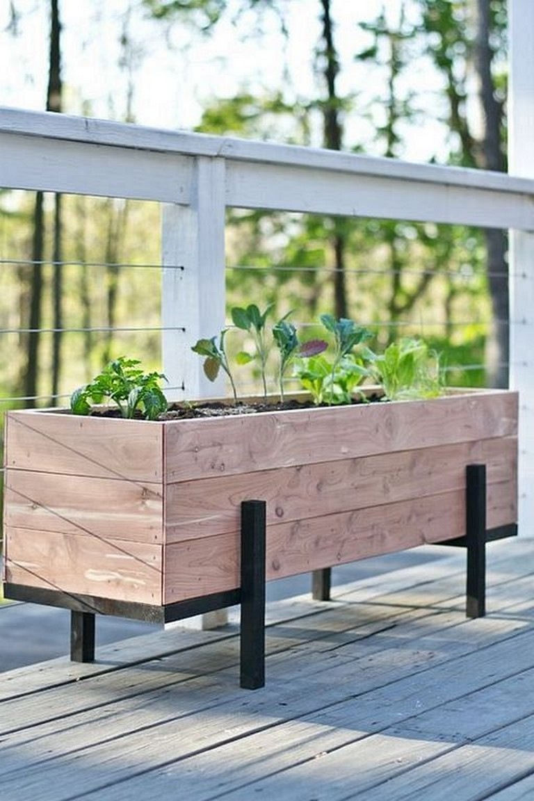 23 Inspiring Diy Wooden Plants Boxes Ideas For Flower Or Plants In 2020 Diy Garden Projects Diy Wood Planter Box Wood Planter Box