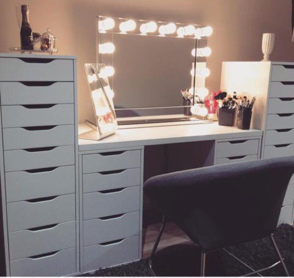 Vanity Room Using Alex Drawers Ikea Makeup Table Ikea Ikea Vanity Beauty Room Vanity