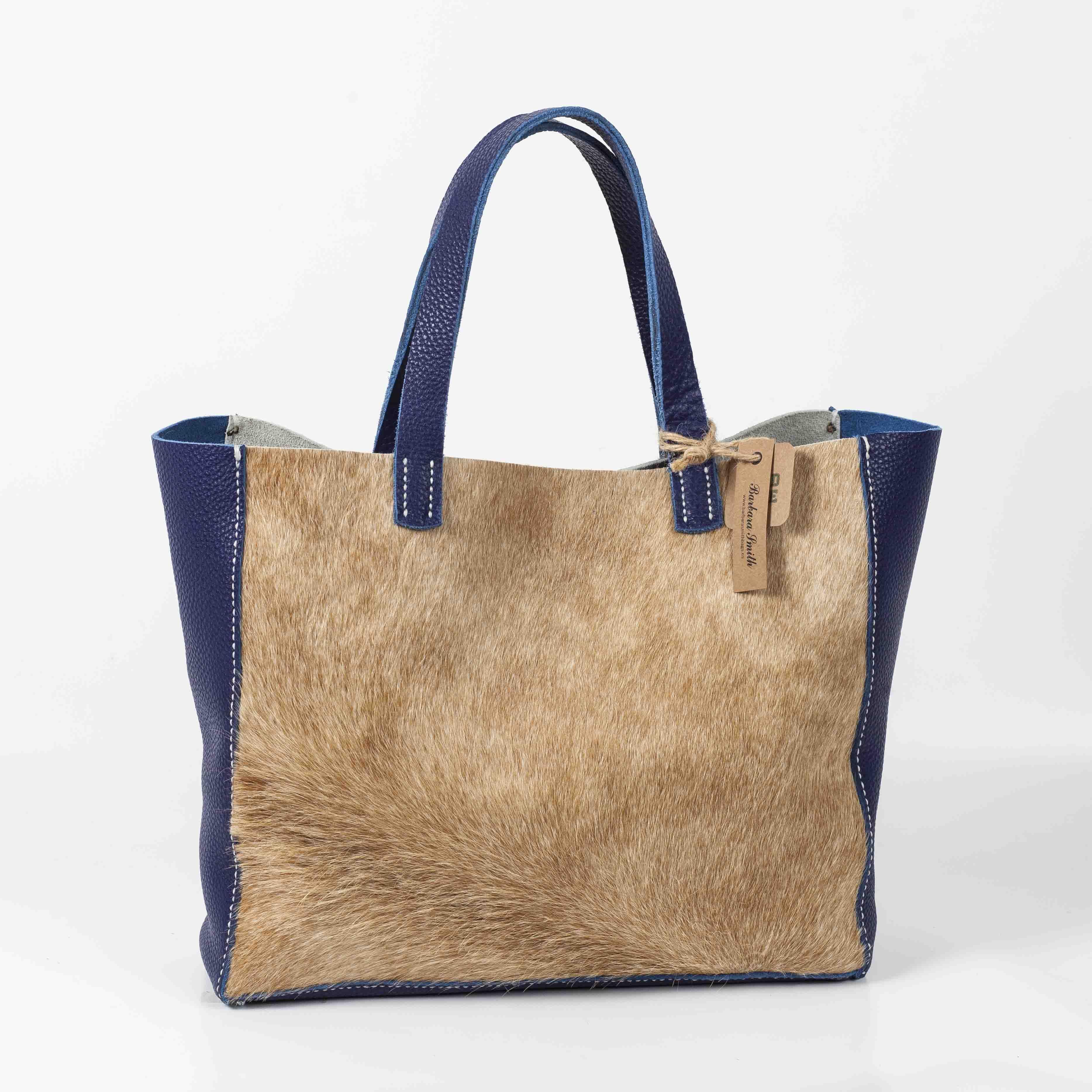b5d7e418a Bolso de cuero y pelo de vaca artesanal. Hecho a mano. Handmade leather bag  Más