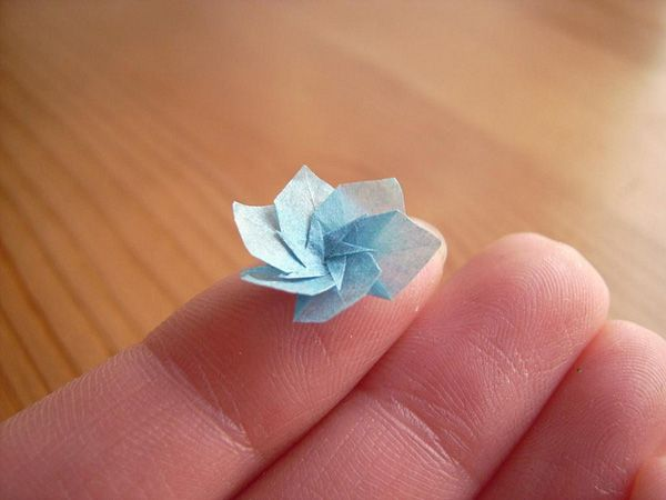 Nano origami products i love pinterest origami origami art paper artist anja markiewicz folds these impossibly small origami pieces using sheets of paper smaller than mightylinksfo