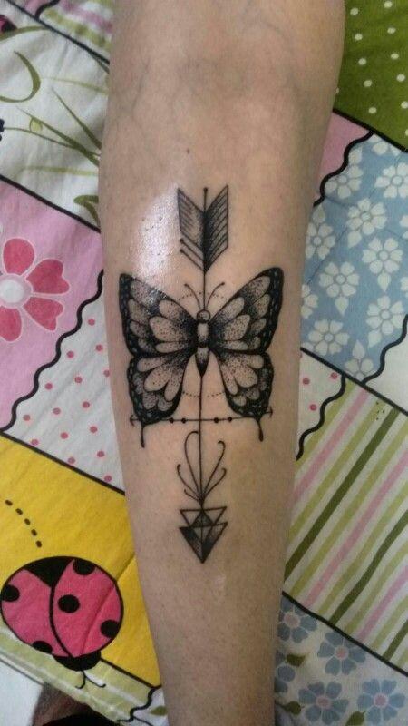 Tatoo borboleta & flecha