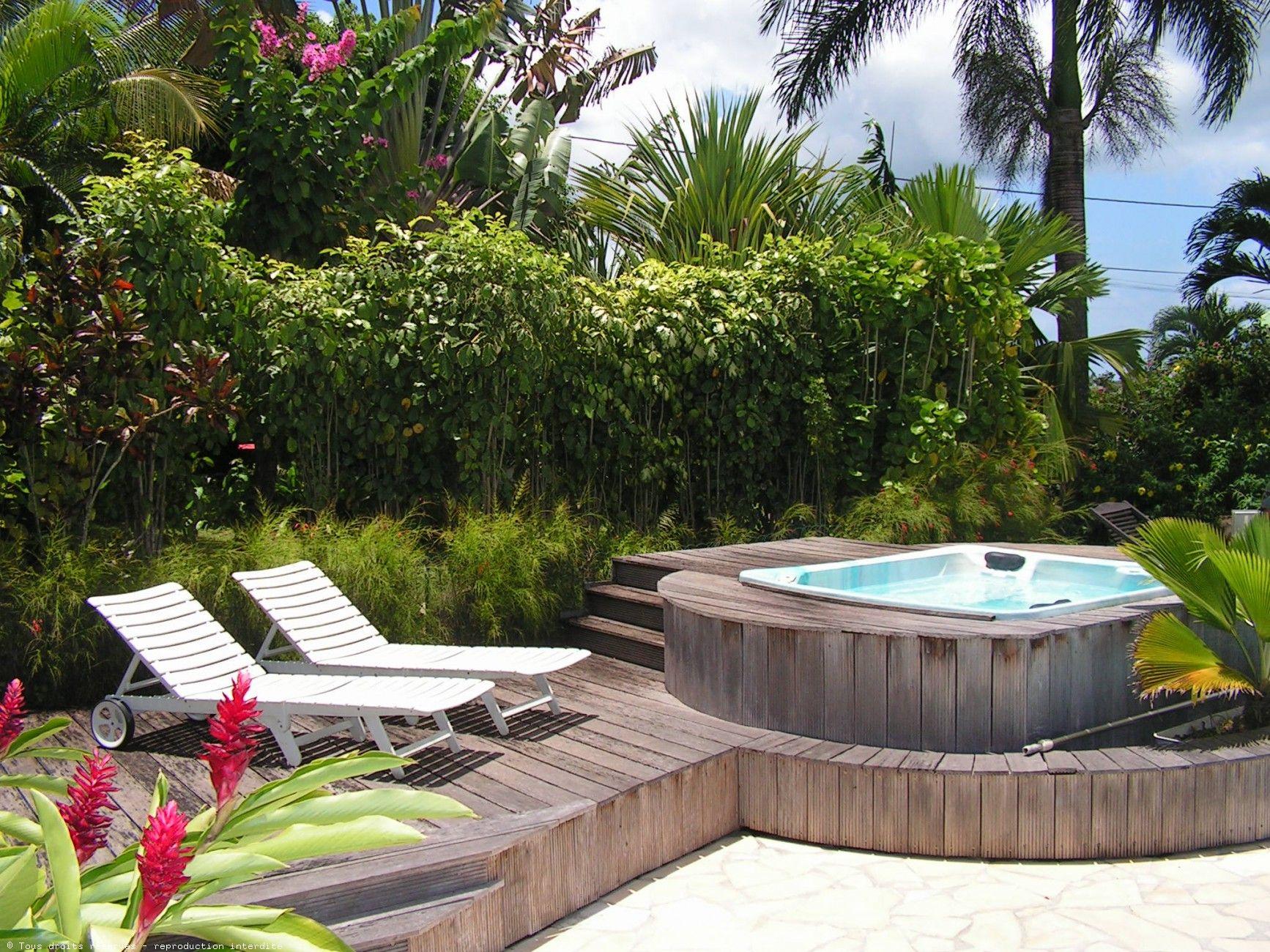 Bungalow 2 Personnes Piscine Spa 4 Tout Confort Dans Jardin
