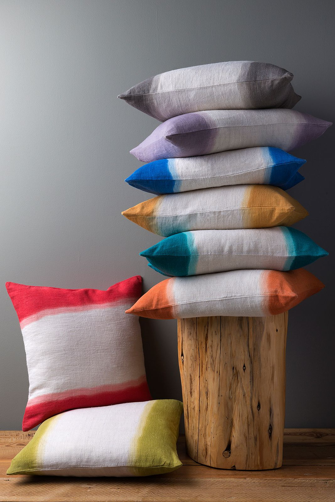Dip dyed pillows on natural linen creates the ultimate ombre effect.