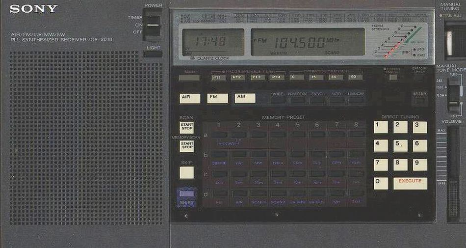 Sony Icf 2010 Synthesized Am Shortwave Fm Portable General