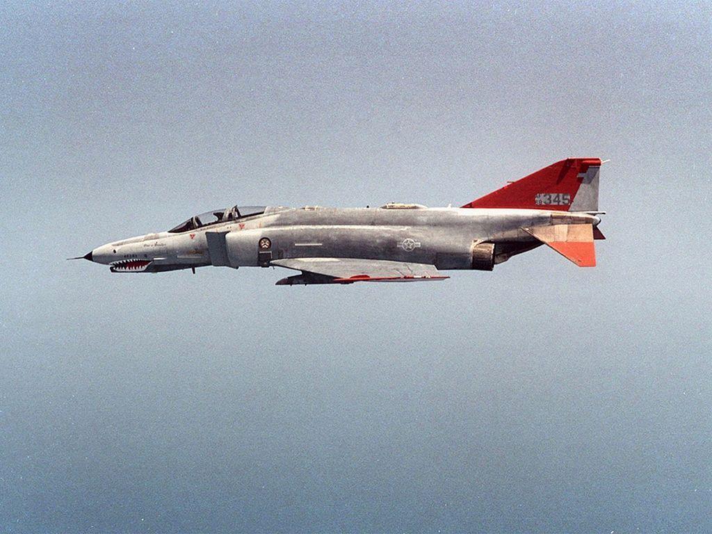 F 4 Phantom Wallpaper F4 Phantom Wallpapers 1024 X 768 Fighter