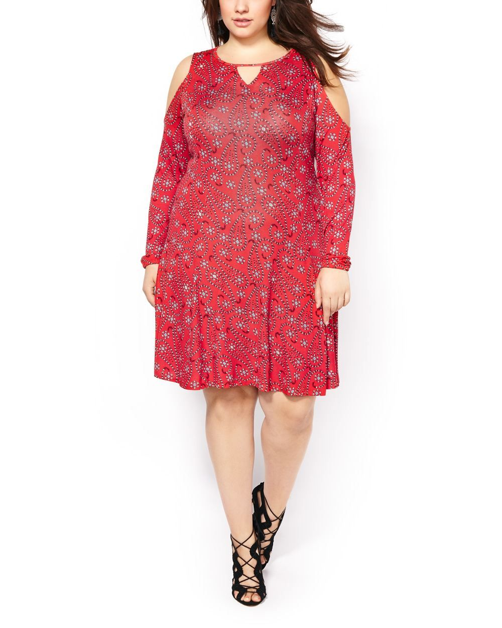Start your spring wardrobe with this gorgeous plussize dress you