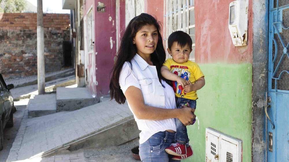 Annonsørinnhold: Laithy (18) ble gravid med sin voldelige kjæreste, VG Partnerstudio