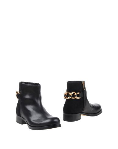SAM EDELMAN Ankle Boot. #samedelman #shoes #ankle boot