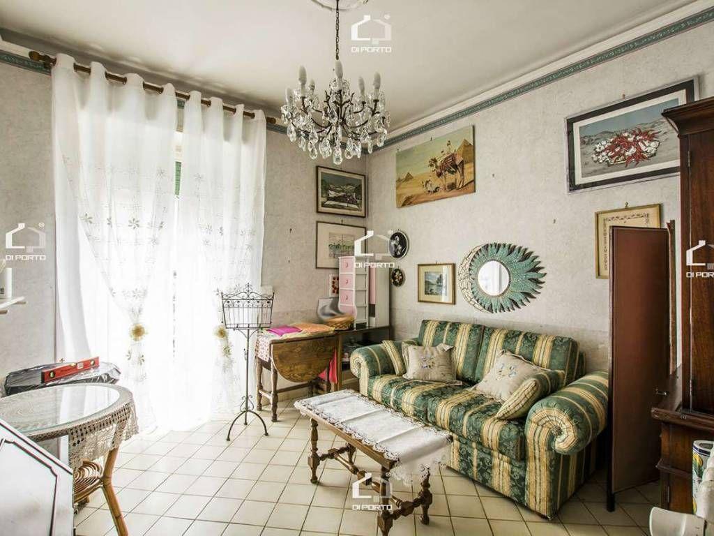 Vendita Appartamento Roma. Trilocale in via COSTANTINO