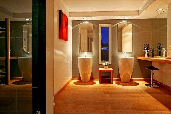 Wow! Amazing bathroom
