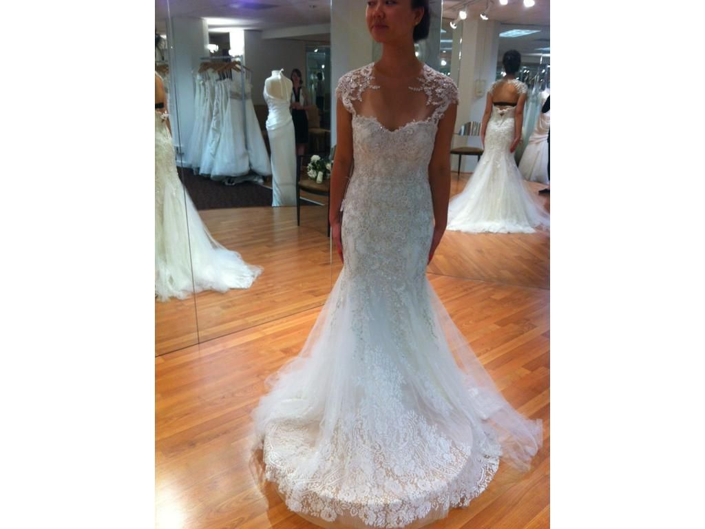 Monique Lhuillier Radiance Size 4 | New With Tags Wedding Dresses | PreOwnedWeddingDresses.com