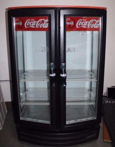 Pin by thais cs on coca cola plan de marketing pinterest coke glass doors coke coca cola refrigerator restaurants marketing plan glazed doors diners refrigerators planetlyrics Choice Image
