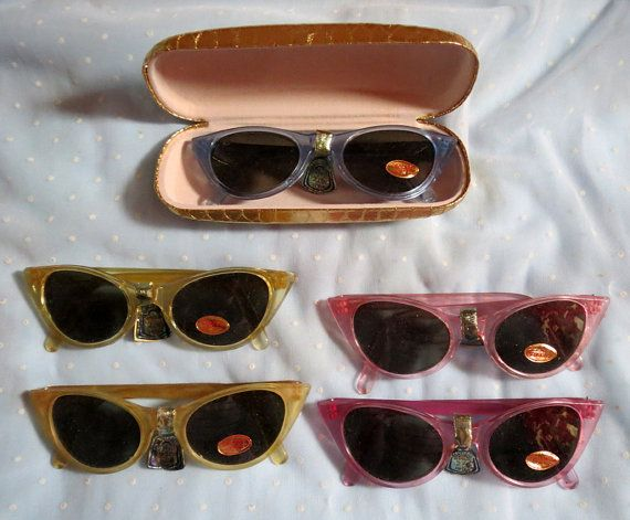 Up for grabs are these awesome deadstoc sunglasses from the 1950s!  They have never been worn and still have original foil tag and lense sticker. Tag