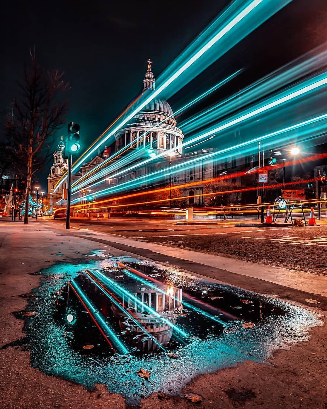 Today S Feature Goes To Photo By Andresbalcazar Tag Supremeshutter Selec Light Trail Photography Night Street Photography City Lights Photography