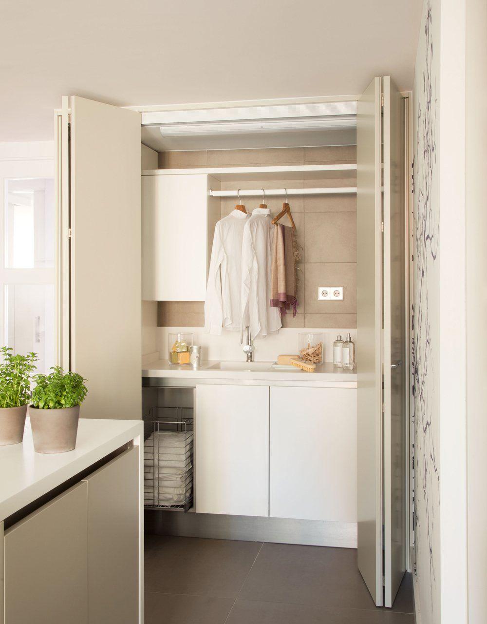 Vista planchador puertas abiertas zona de lavado zona for Lavadero para bano