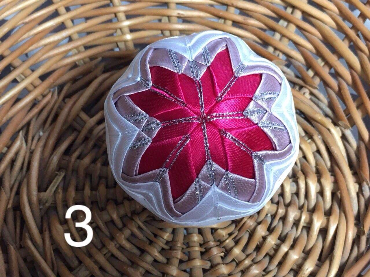 Dekorácie - vianočné patchworkové gule staroružová v kombinácii s bielou a pink - 7147196_