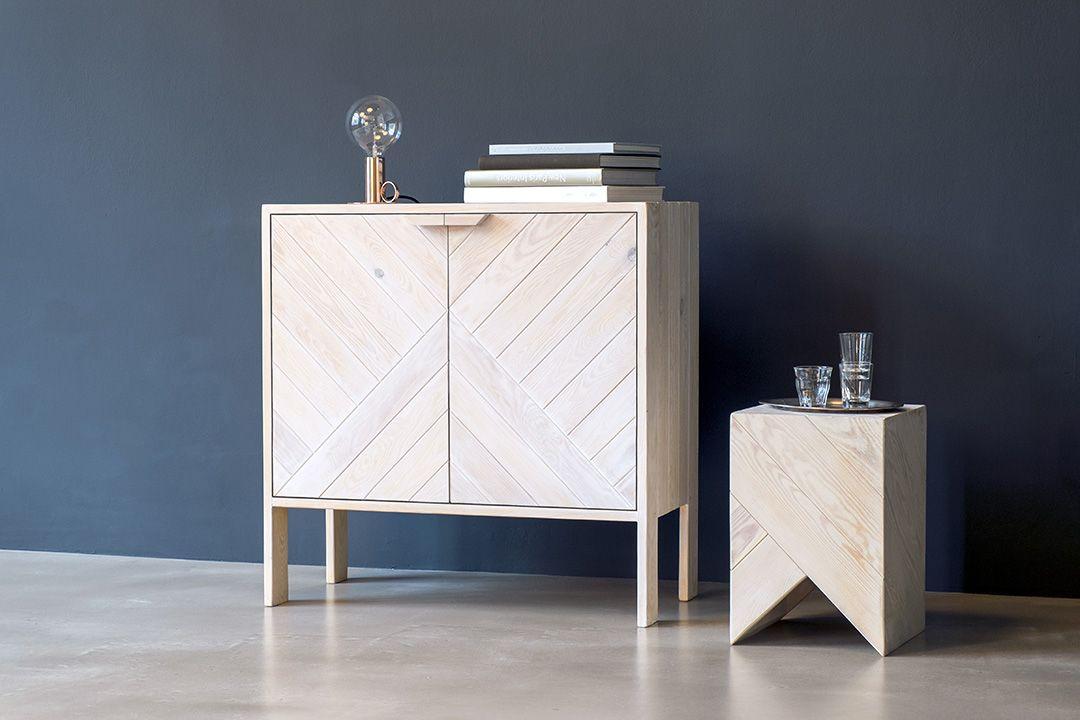 Schränkchen und Hocker aus gebrauchtem Palettenholz, entworfen von Daniel Becker Design Studio und ausgezeichnet mit dem Green Good Design Award - schrank ca 760€ Anfertigung auf Bestellung