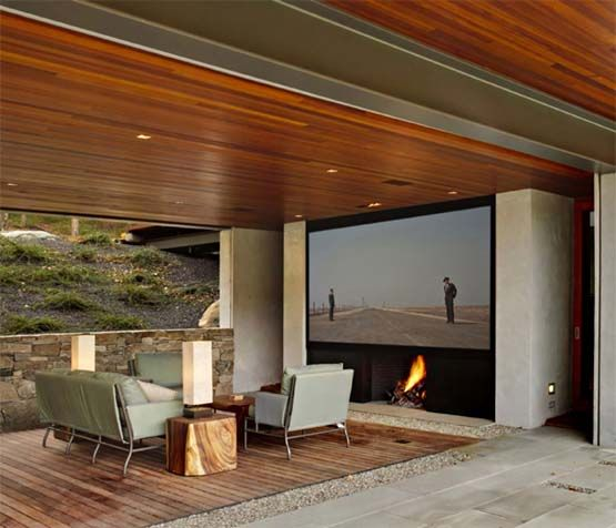 cool outdoor theatre space!