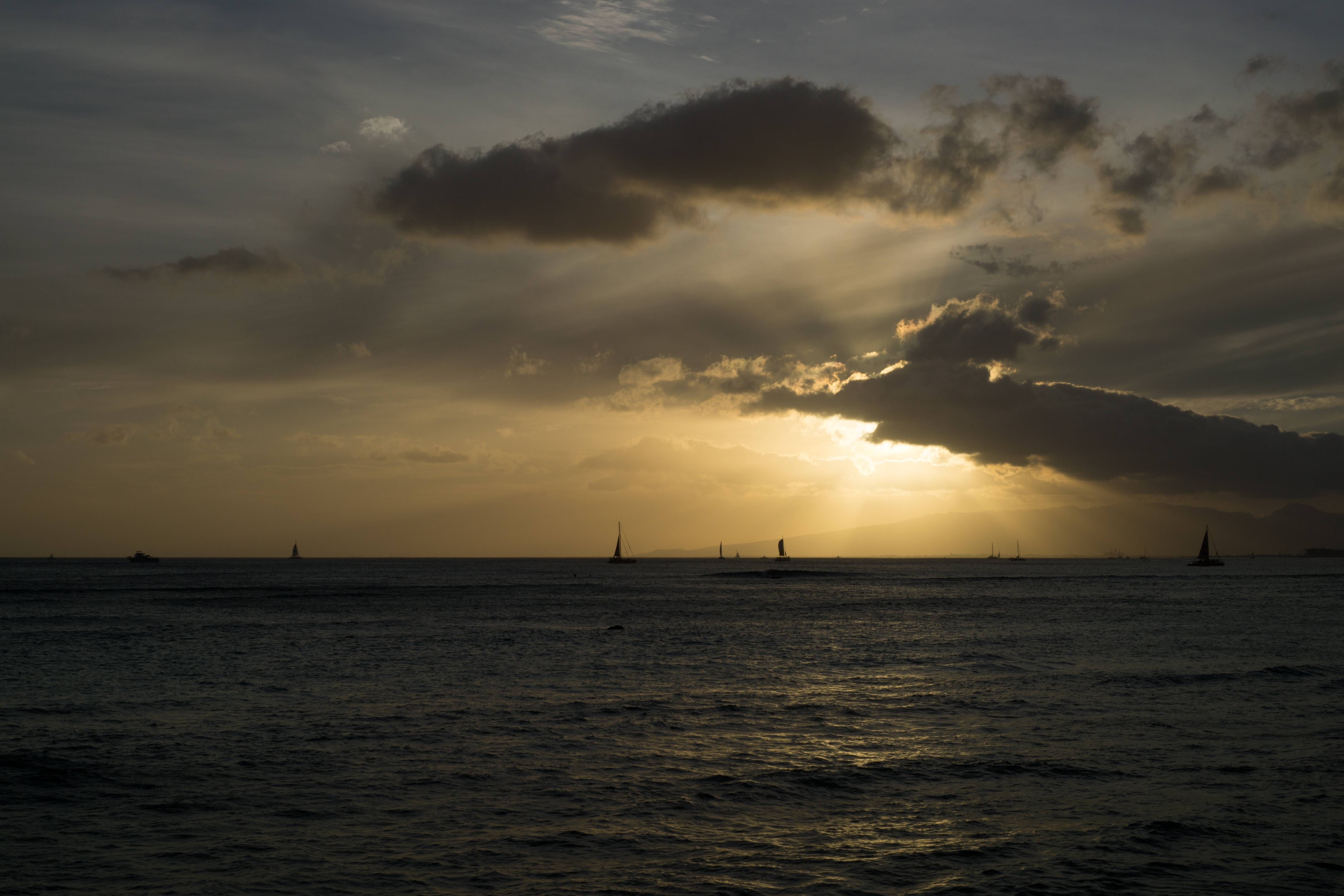[OC]Sunset in Oahu Hawaii [6000x4000]