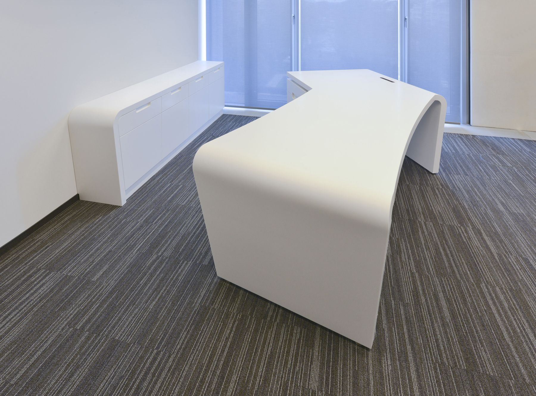 Desk made in #HIMACS at CCD CardioCentrum (Dusseldorf). ©bap+ ...