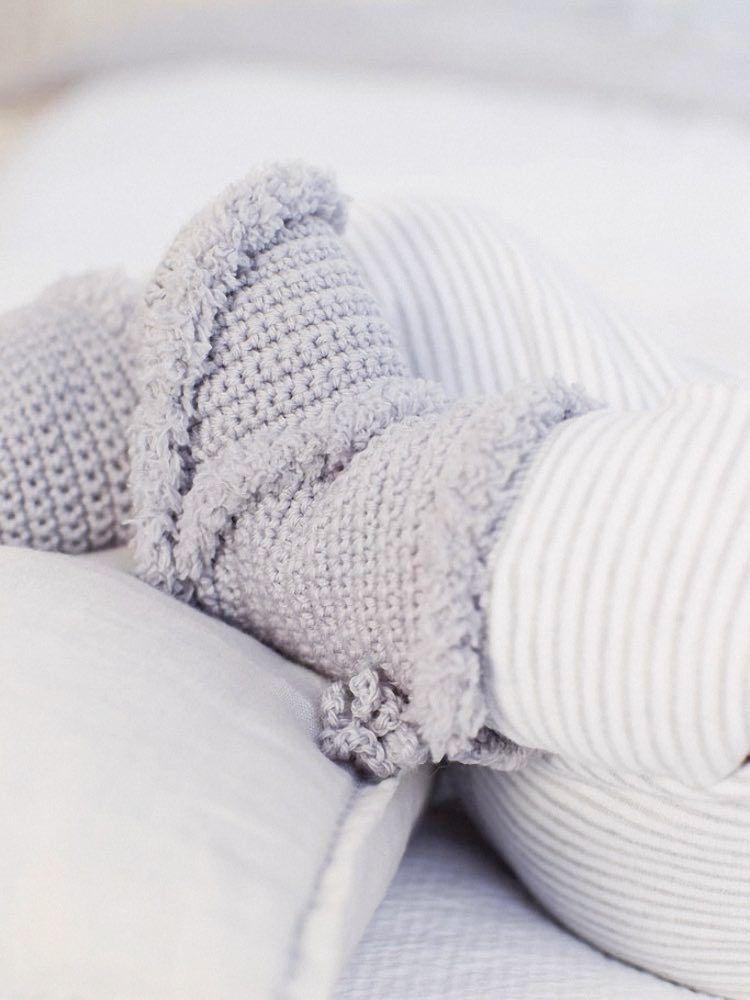 DIY-Anleitung: Babys erste Stiefel häkeln via DaWanda.com | Botas