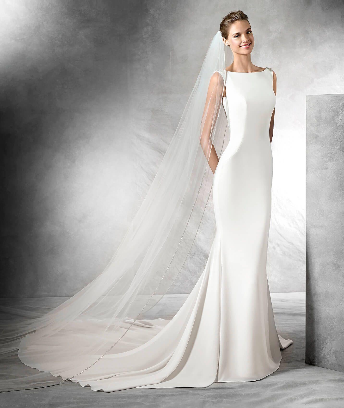 Pronovias Tatiana | Available at LuLu\'s Bridal Boutique | Dallas ...