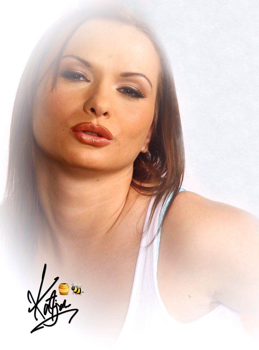 Simone Kerrick