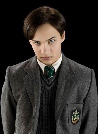 Hero Beauregard Fiennes Tiffin The 11 Year Old Lord Voldemort Tom Riddle Marten Vil Harry Potter Characters Harry Potter Actors Lord Voldemort Tom Riddle