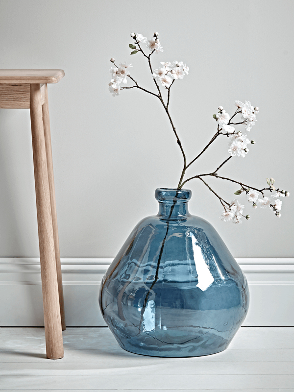 Moody Monday Transitional Coastal Design is part of Home Accessories Decor Vase - I had several requests after the last Moody Monday feature a couple weeks ago to pull together a coastal inspiration board with lots of paint color options and layering inspiration  The ironic thing